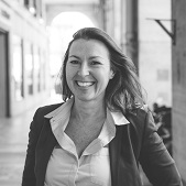 Véronique Schwimann, property hunter Paris 17
