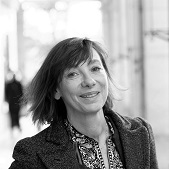 Caroline Charvet, property hunter Vincennes